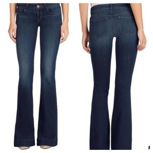 J. Brand Love Story Jeans EUC Size 28